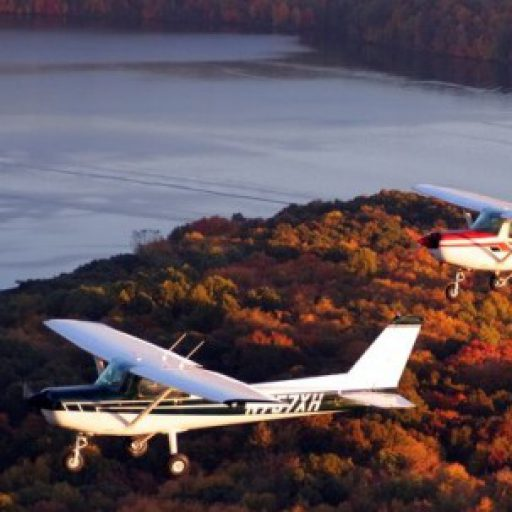 cropped-cessna-152-formation.jpg