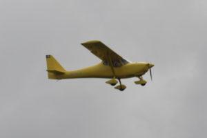 SE-VPX, B&F FK 9 MK IV, tysktillverkat ultralättflygplan. Väldigt gult.